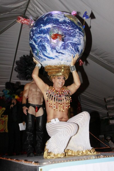 world on your head headdress ball